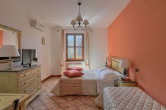 Appartamenti-Resort-Borgo-S.-Lucia-2