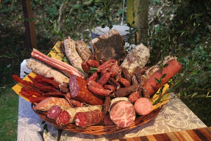buffet-di-prodotti-tipici