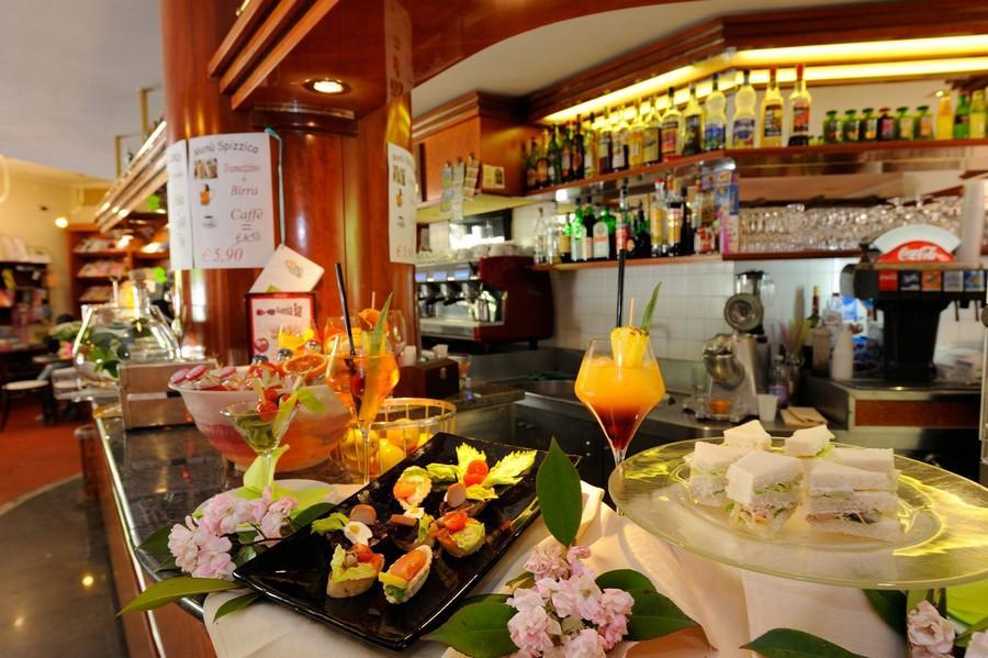 aperitivo-al-Guesia-Bar