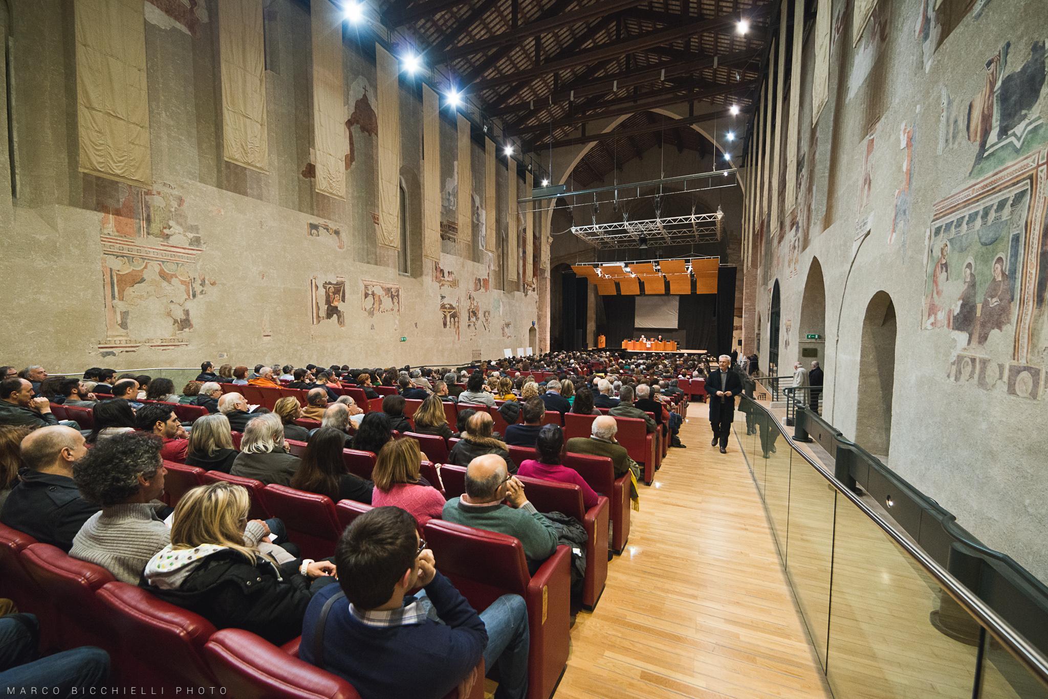 darcais-auditorium-2